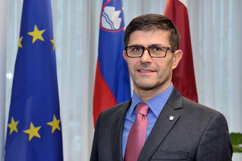Župan Mestne občine Kranj je Matjaž Rakovec. Mandat je nastopil 20.  decembra 2018. f0edc5c7b5