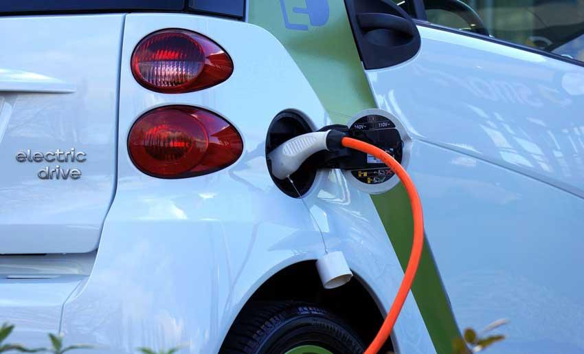 E-mobilnost v Kranju. Izgradnja novih električnih polnilnic.